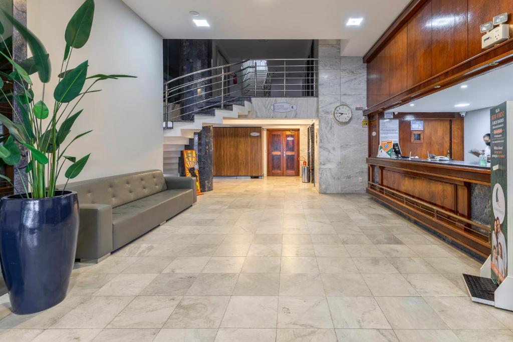 Segunda Feira - Check-In no Hotel em Balneário Camboriú